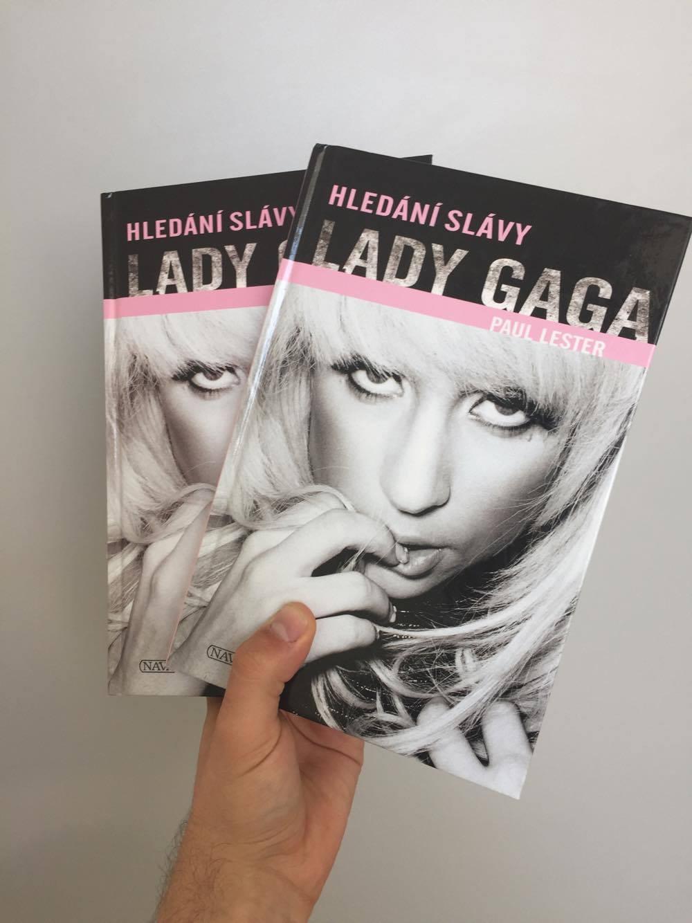 Vyhrajte 2x knihu Hledání slávy Lady Gaga!